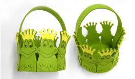 ROUND BASKET WITH 8 FROGS 16x13cm 0517440