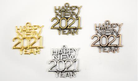 ΜΕΤΑΛΛΙΚΟ ΚΡΕΜΑΣΤΟ Happy new 2020 year 3x3cm 0517888