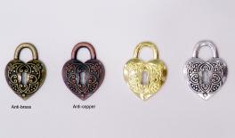 A1555 Heart key 3.8x2.8cm 50pcs/bag 0518016