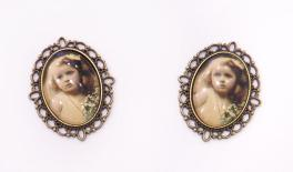 oval alloy +18x25mm little girl glass 0529005