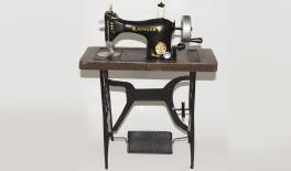 CY302 sewing machine with feet 0621019