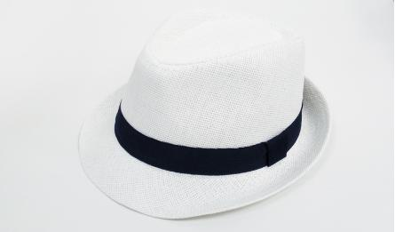 TEENAGE WHITE HAT WITH NAVY BLUE RIBBON 52cm 0805111